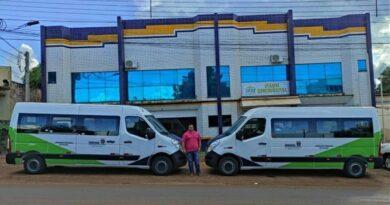 Saúde de Lunardelli recebe duas vans para transporte de pacientes