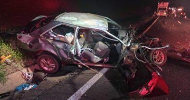 Duas pessoas morrem em acidente na PR-323, entre Londrina e Sertanópolis