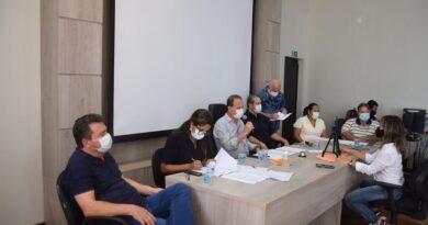 Em live, prefeito e diretora de saúde de Ivaiporã falam sobre novo decreto