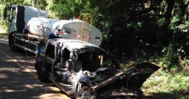 Motorista fica ferida gravemente em acidente na PR-650, em Godoy Moreira