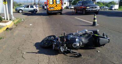 Colisão entre moto e bicicleta deixa dois feridos