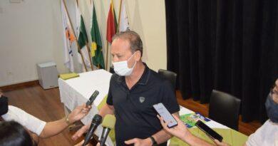 Prefeito Carlos Gil avalia os primeiros 100 dias de administração