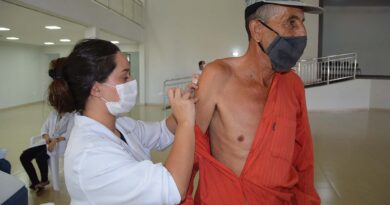 Equipe de saúde de Ivaiporã aplica 250 doses de vacina em menos de duas horas