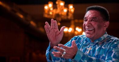 Covid-19: Agnaldo Timóteo morre no Rio aos 84 anos