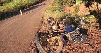 Acidente entre moto e caminhão é registrado em Ivaiporã