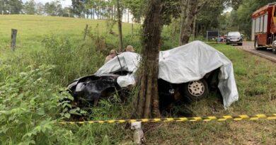 Mulher e criança morrem em acidente em Nova Esperança do Sudoeste
