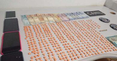 Três são presos em Arapongas com 500 comprimidos de ecstasy