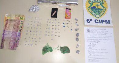 PM prende suspeitos e apreende 86 pedras de crack e maconha, em Faxinal