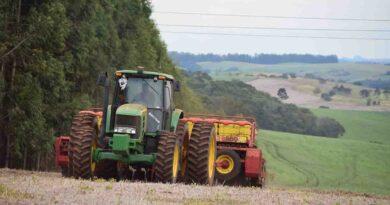 Plantio do trigo avança na região de Ivaiporã após chuva; assista
