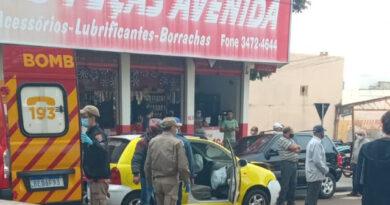 Adolescente fica ferido em acidente na Av. Brasil, em Ivaiporã
