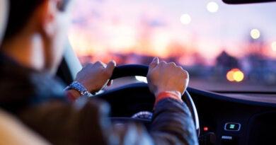 ROTAM flagra adolescente de 15 anos dirigindo carro em Ivaiporã