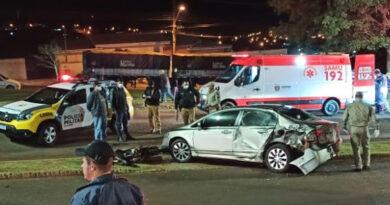 Dois acidentes entre carro e moto em Ivaiporã deixa três feridos