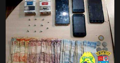 Ação da PM contra o tráfico de drogas resulta em três detidos