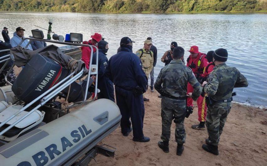 Busca por desaparecidos no Rio Ivaí ganha reforço de novas equipes